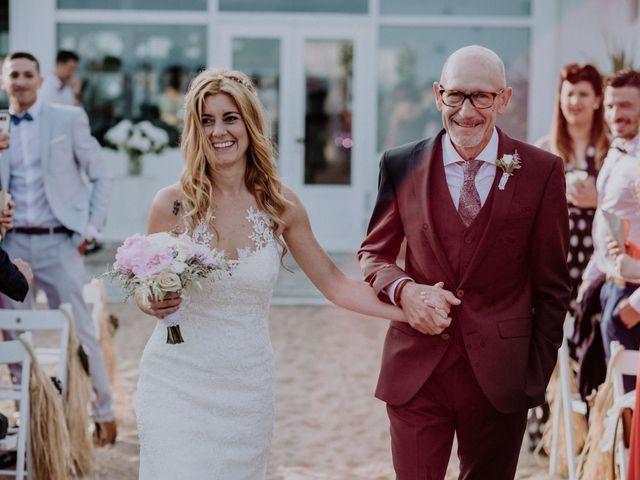 La boda de Kike y Ivonne en Malgrat De Mar, Barcelona 54