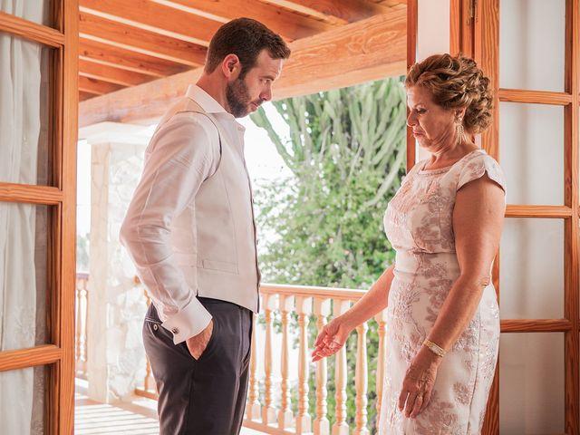 La boda de Carlus y Virginia en Santa Gertrudis De Fruitera, Islas Baleares 11