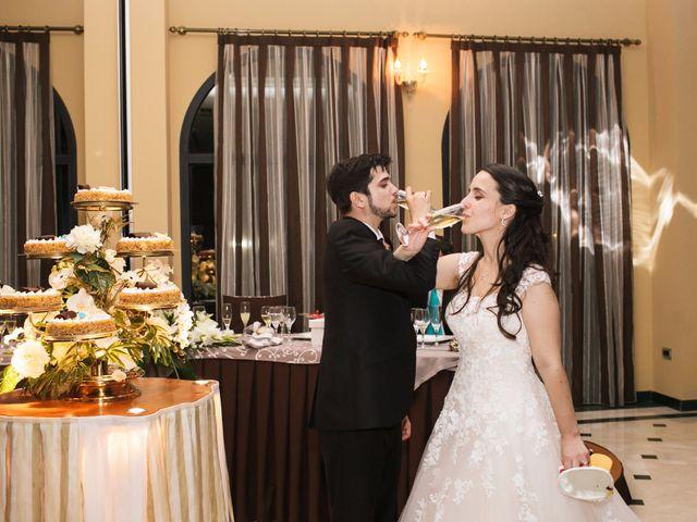 La boda de Juan y Victoria   en Valencia, Valencia 19