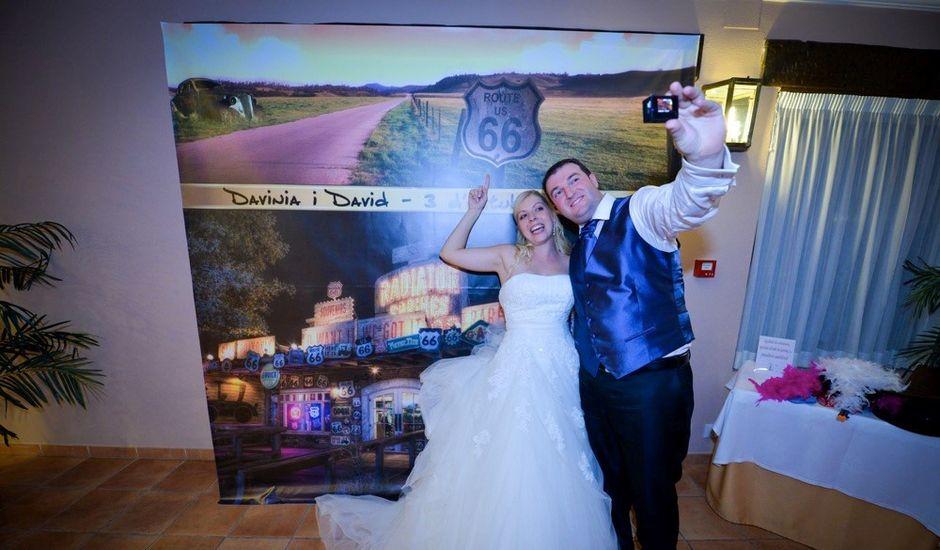 La boda de David y Davinia en Peñiscola, Castellón
