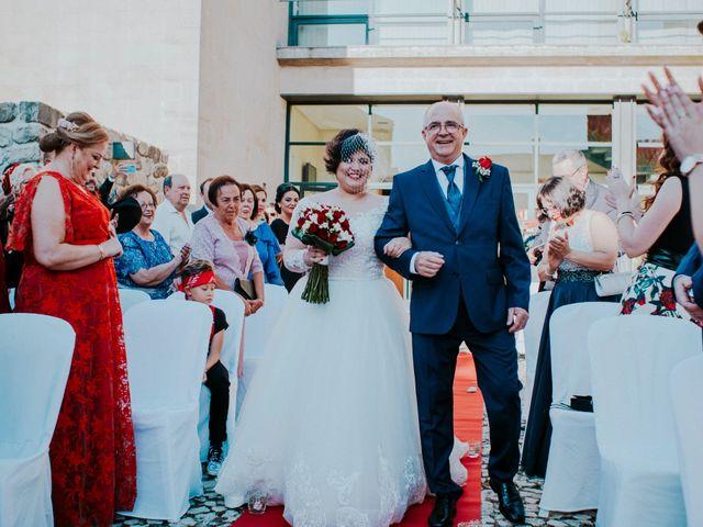 La boda de Niall y Lola en Beas De Segura, Jaén 20