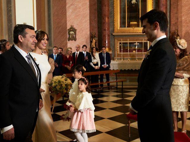La boda de Enrique y Inma en El Puig, Valencia 23