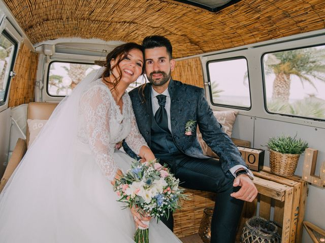 La boda de David y Maria en Vilanova I La Geltru, Barcelona 58