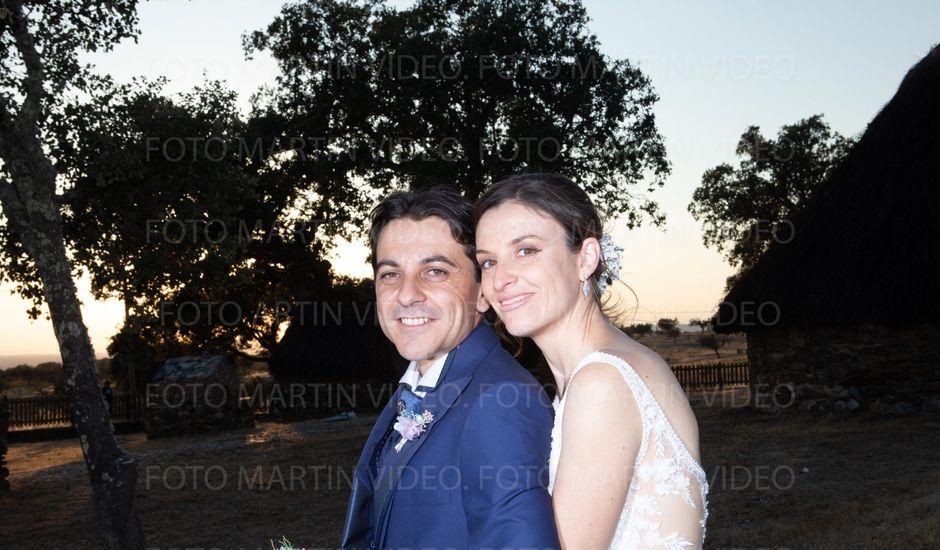 La boda de Miriam y Miguel Angel en Santiago De Alcantara, Cáceres