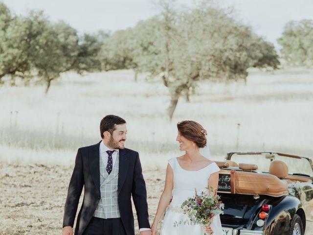 La boda de Luis  y Laura  en Madrid, Madrid 22