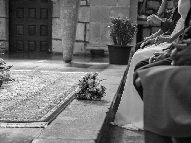 La boda de Javier y Leire en Sopelana, Vizcaya 11