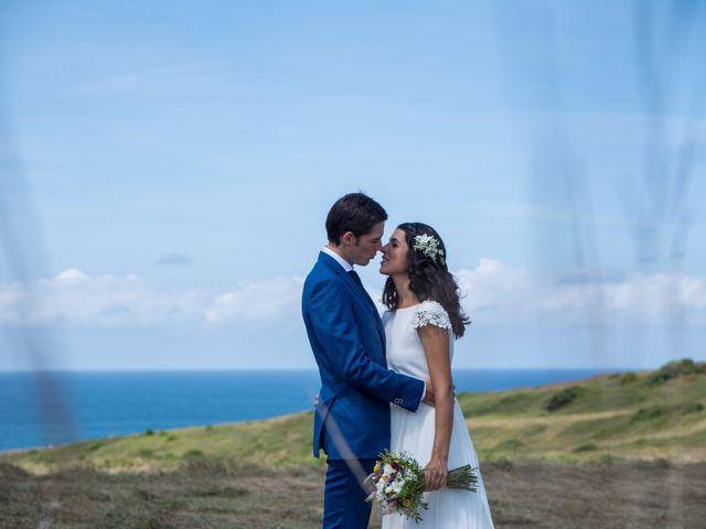La boda de Javier y Leire en Sopelana, Vizcaya 21