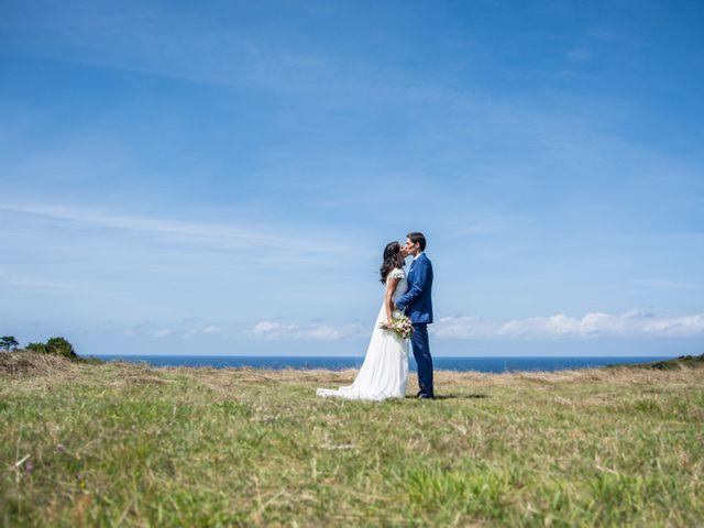 La boda de Javier y Leire en Sopelana, Vizcaya 23