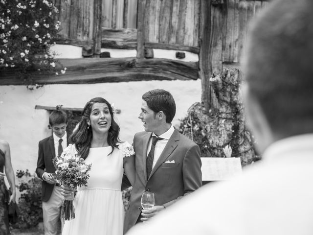 La boda de Javier y Leire en Sopelana, Vizcaya 28