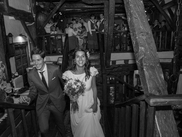 La boda de Javier y Leire en Sopelana, Vizcaya 35