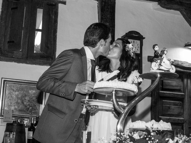 La boda de Javier y Leire en Sopelana, Vizcaya 38