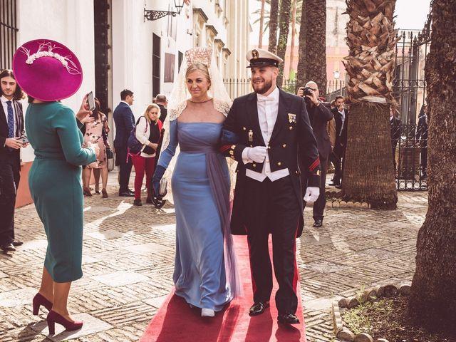 La boda de Javi y Isa en Sevilla, Sevilla 32