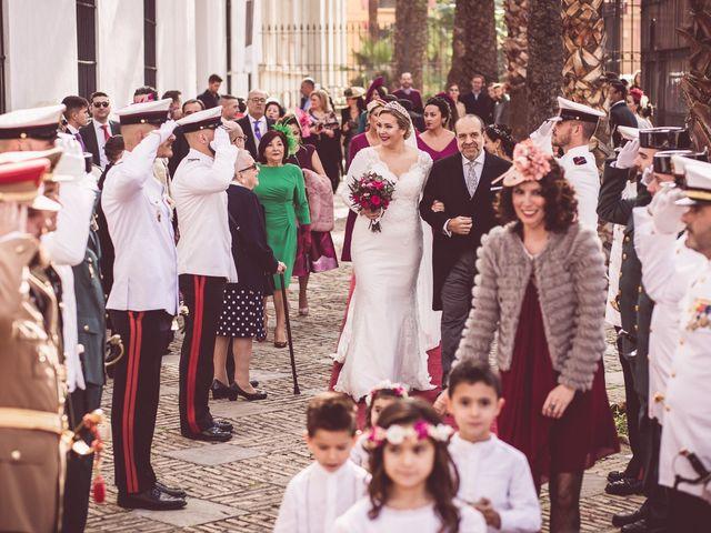 La boda de Javi y Isa en Sevilla, Sevilla 36