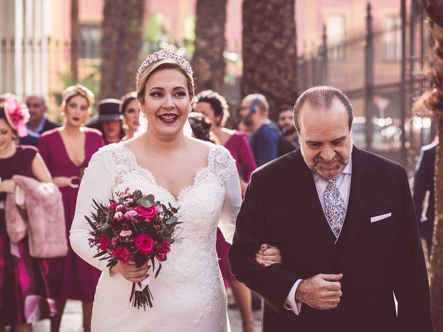 La boda de Javi y Isa en Sevilla, Sevilla 37