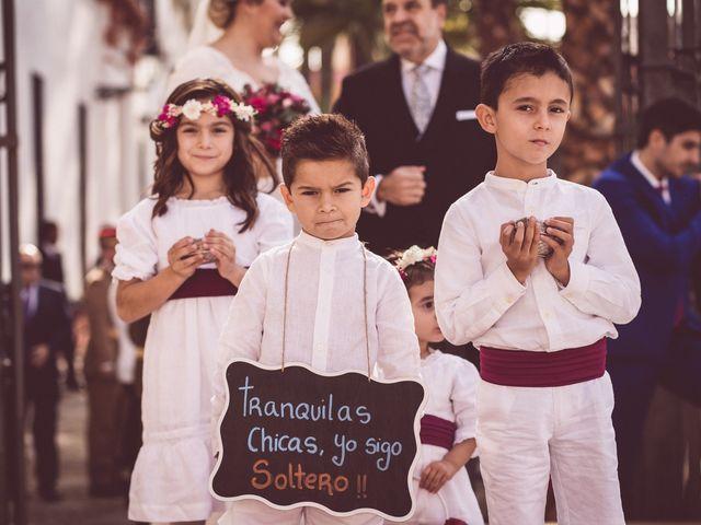 La boda de Javi y Isa en Sevilla, Sevilla 38