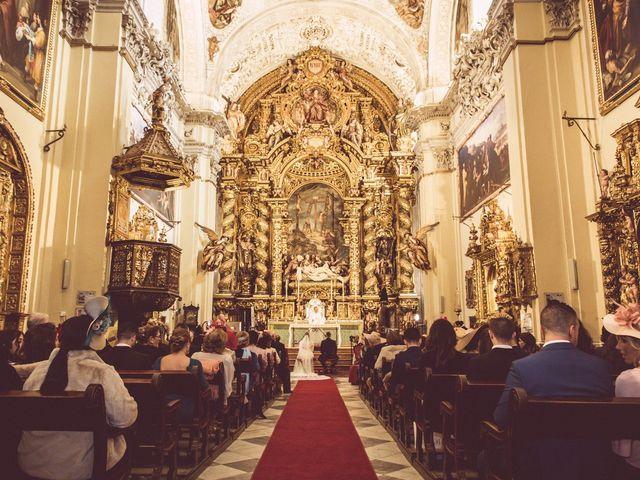 La boda de Javi y Isa en Sevilla, Sevilla 39