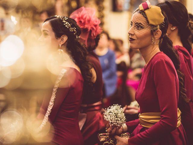 La boda de Javi y Isa en Sevilla, Sevilla 43