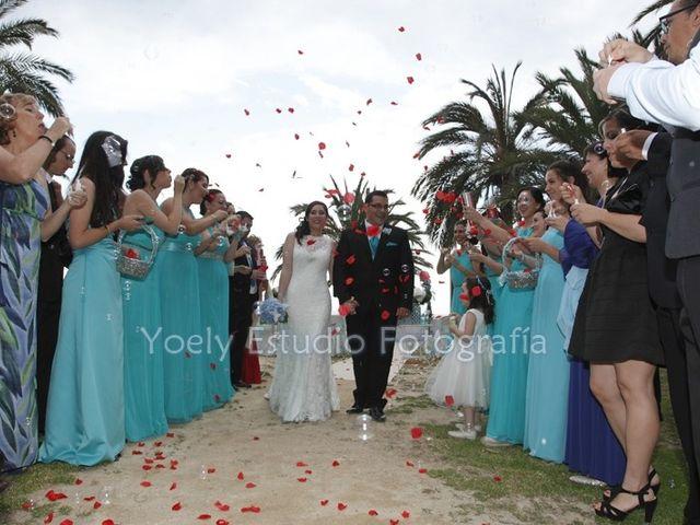 La boda de Fredy  y Trisha  en L' Alfàs Del Pi, Alicante 26