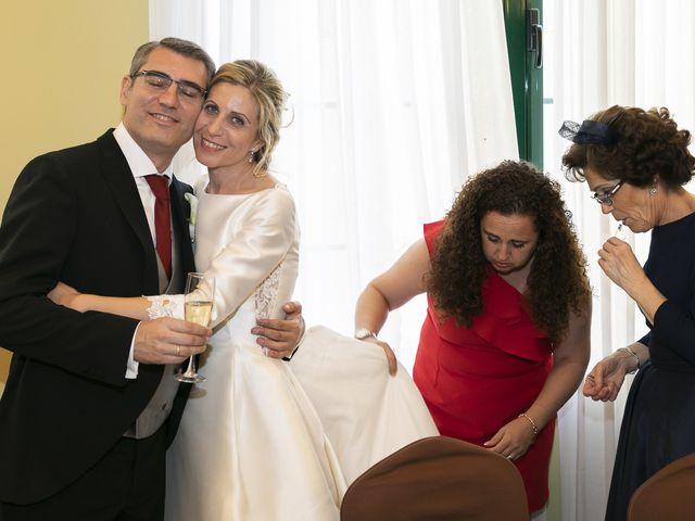 La boda de Mariano y Cristina en Bollullos De La Mitacion, Sevilla 60