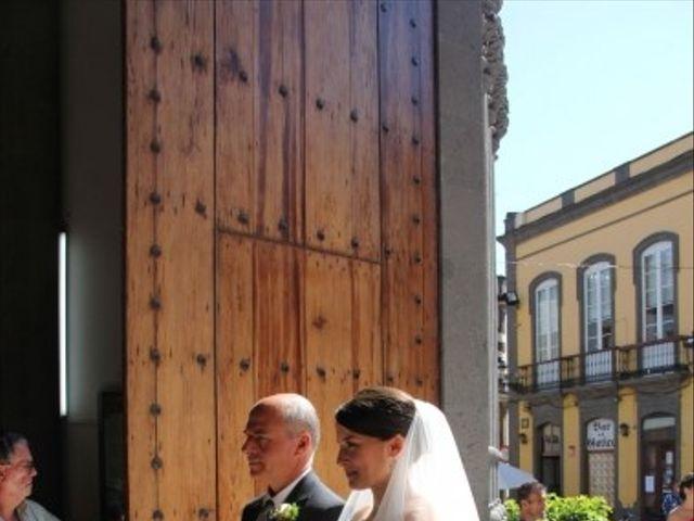 La boda de Miguel y María en Arucas, Las Palmas 16