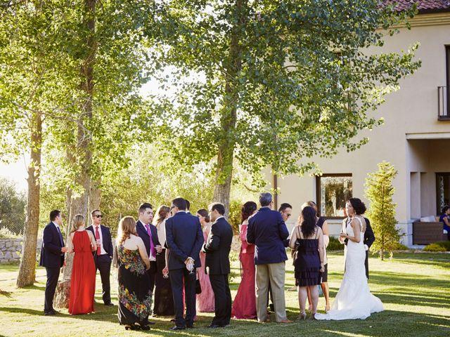 La boda de Fernando y Beatriz en Sotosalbos, Segovia 3
