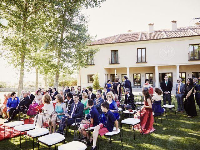 La boda de Fernando y Beatriz en Sotosalbos, Segovia 79