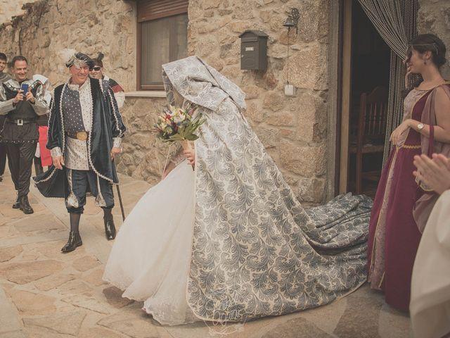 La boda de Santi y Sandra en Navacepedilla De Corneja, Ávila 23