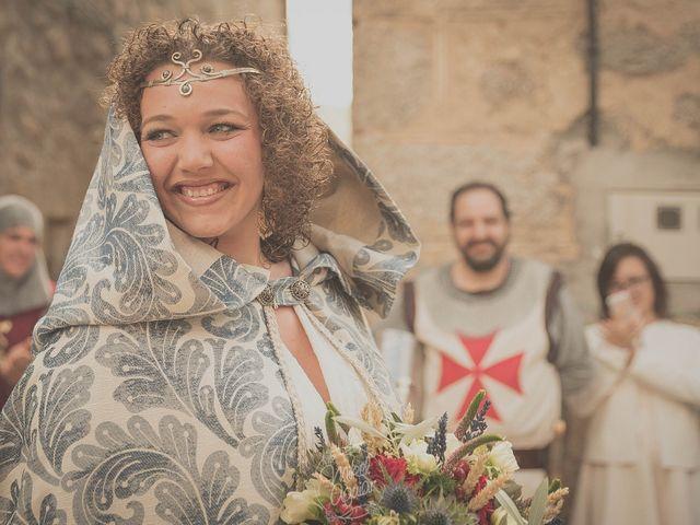 La boda de Santi y Sandra en Navacepedilla De Corneja, Ávila 25
