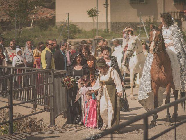 La boda de Santi y Sandra en Navacepedilla De Corneja, Ávila 30
