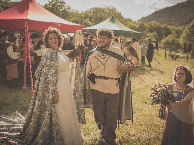 La boda de Santi y Sandra en Navacepedilla De Corneja, Ávila 45