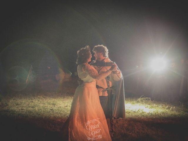La boda de Santi y Sandra en Navacepedilla De Corneja, Ávila 61