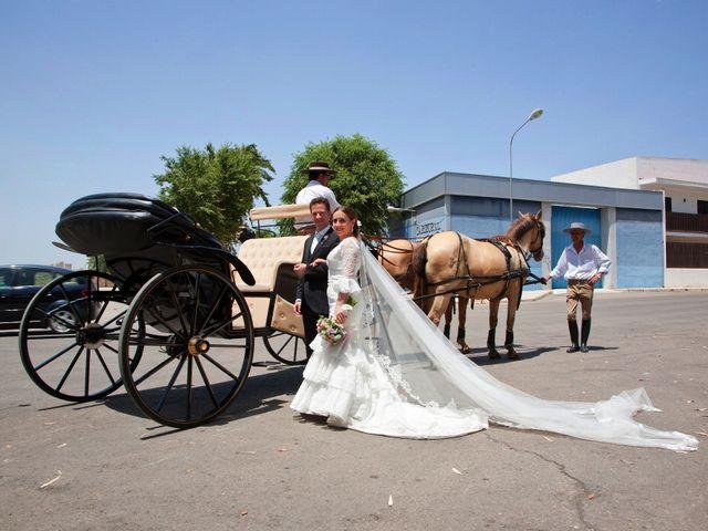 La boda de Eusebio y Charo en Linares, Jaén 13