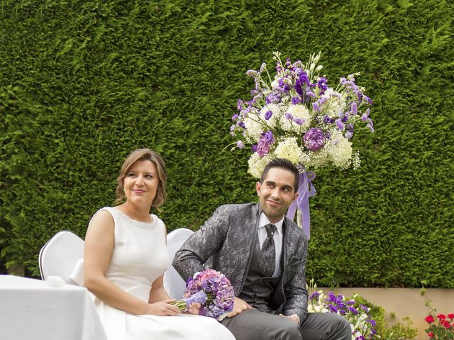 La boda de Manu y Tamara en Santiago De Compostela, A Coruña 17