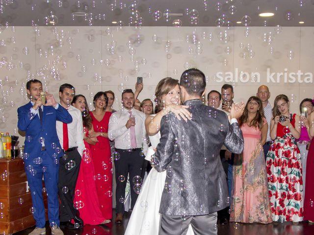 La boda de Manu y Tamara en Santiago De Compostela, A Coruña 28