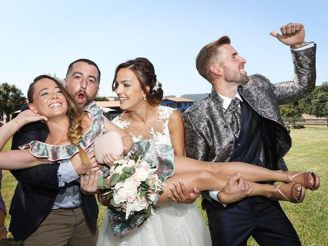 La boda de Egoitz y Maitane en Laukiz, Vizcaya 1