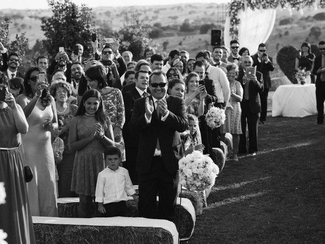 La boda de Miguel Ángel y Laura en San Agustin De Guadalix, Madrid 51