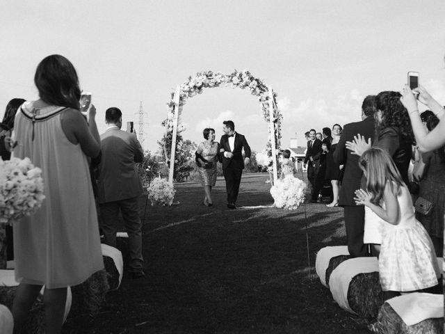 La boda de Miguel Ángel y Laura en San Agustin De Guadalix, Madrid 52