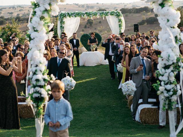 La boda de Miguel Ángel y Laura en San Agustin De Guadalix, Madrid 60