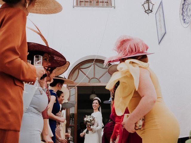 La boda de Alejandro y Carmen en Marchena, Sevilla 33