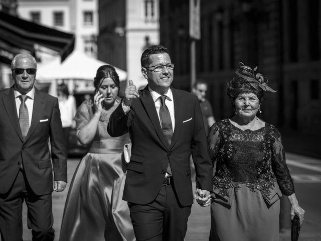 La boda de Andrés y Arantza en Vitoria-gasteiz, Álava 23
