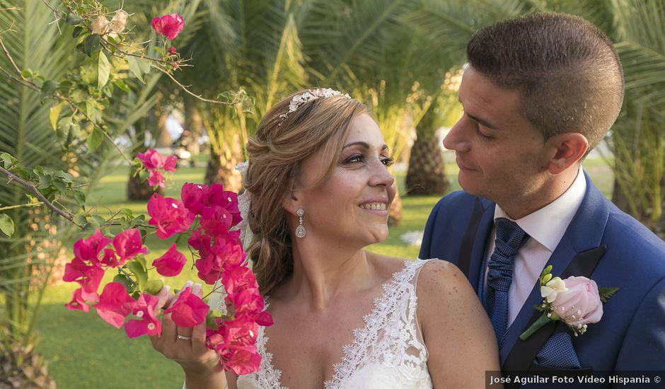 La boda de José Antonio y Agueda en Santiponce, Sevilla