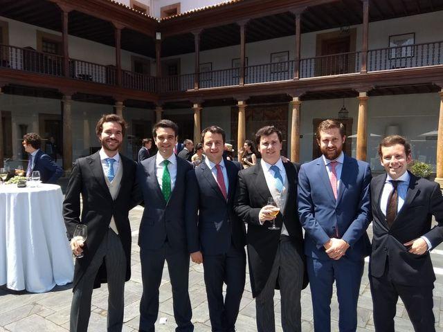 La boda de Gonzalo y Carmen en Oviedo, Asturias 6