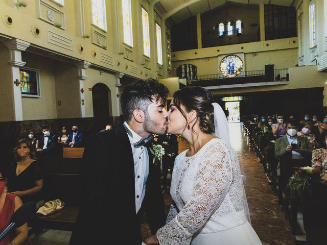 La boda de Carlos y Cristina en Madrid, Madrid 28