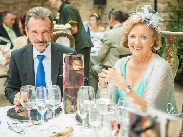 La boda de Felipe y Victoria en Jarandilla, Cáceres 14
