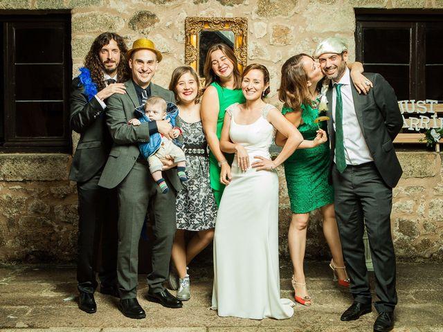 La boda de Felipe y Victoria en Jarandilla, Cáceres 20
