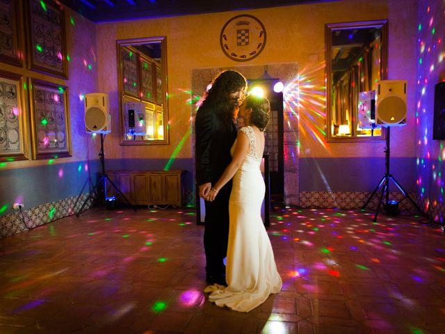 La boda de Felipe y Victoria en Jarandilla, Cáceres 24