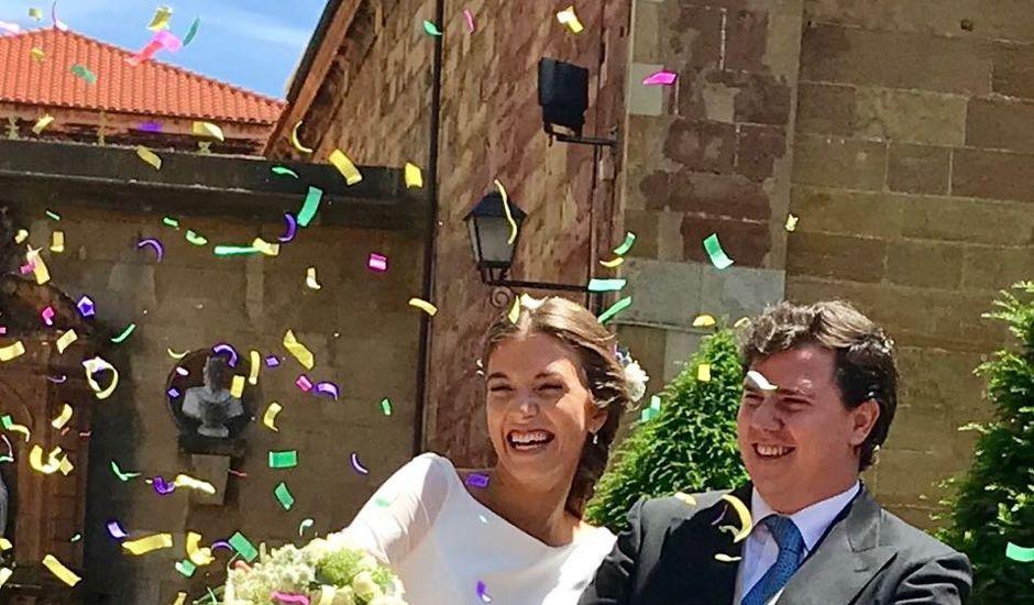 La boda de Gonzalo y Carmen en Oviedo, Asturias
