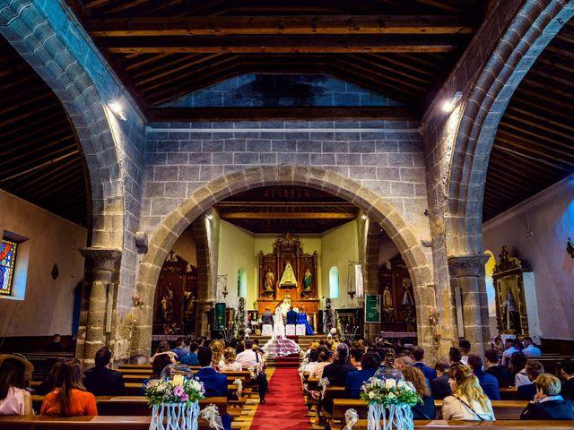 La boda de Juanjo y Vanessa en Navaluenga, Ávila 51