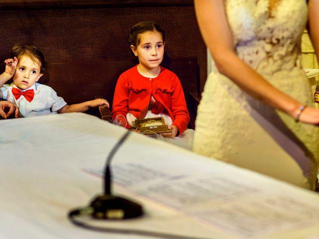 La boda de Juanjo y Vanessa en Navaluenga, Ávila 52
