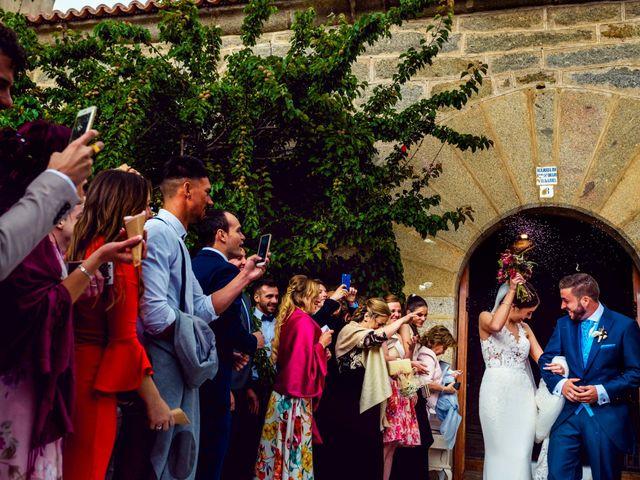 La boda de Juanjo y Vanessa en Navaluenga, Ávila 54